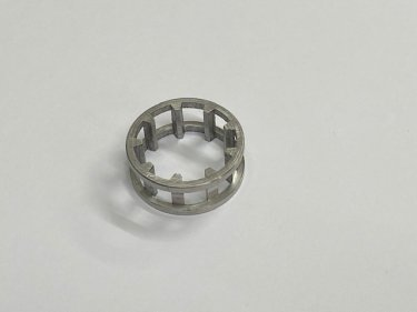 E10383/A Big end roller cage (alloy)